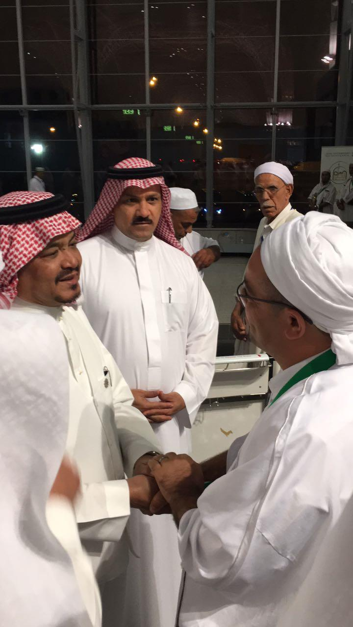 His Excellency the Minister of Hajj and Umrah in an inspection tour of the reception services of pilgrims at Prince Mohammed bin Abdulaziz International Airport in Madinah